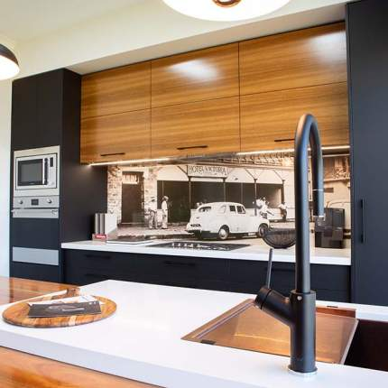 Wood motif kitchen